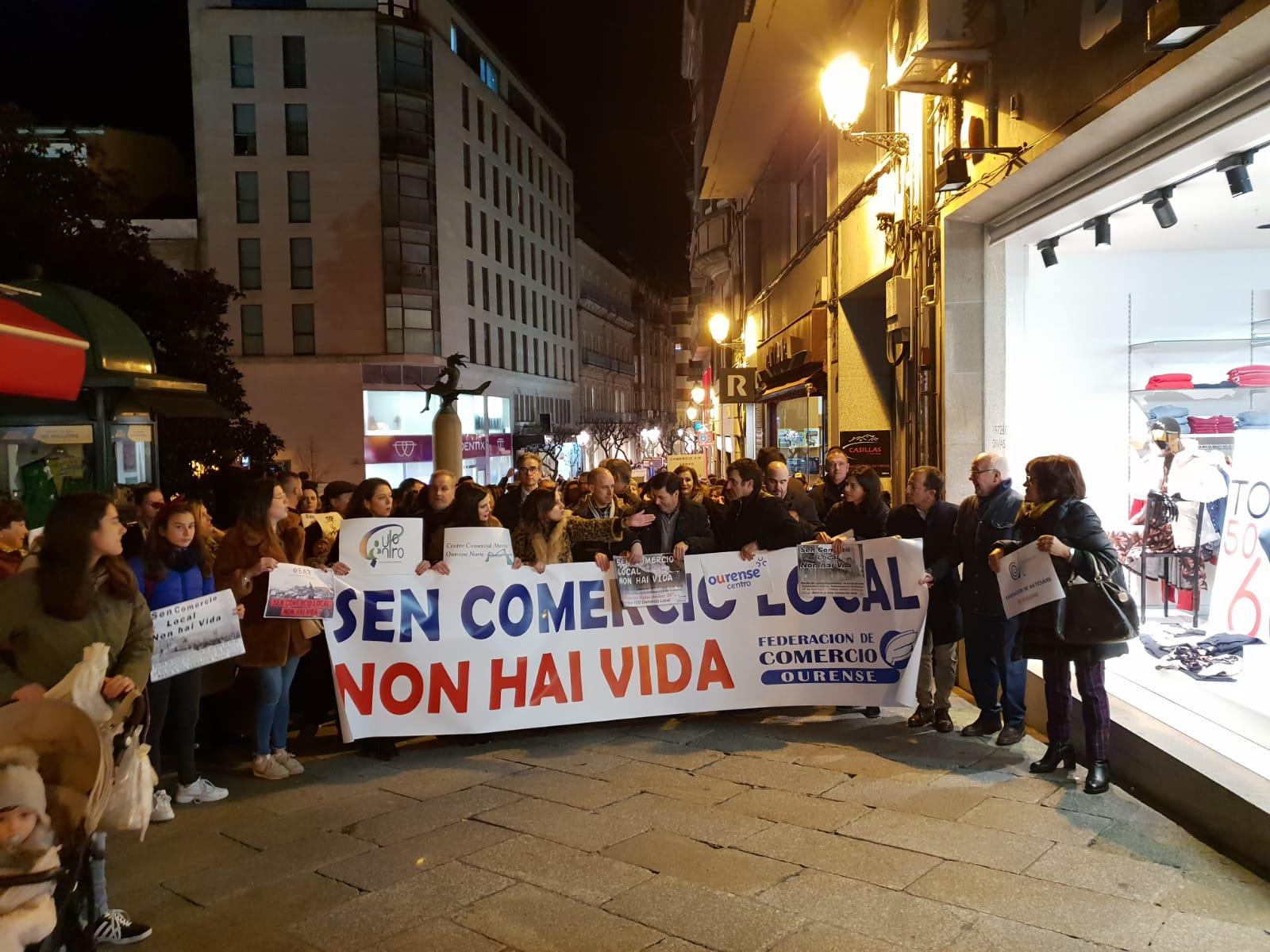Manifestación ourense apoyo al comercio local