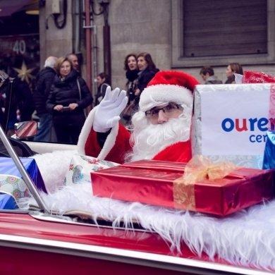 Visita de Papá Noel as rúas de Ourense Centro