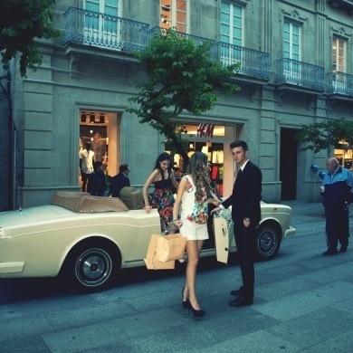 Modelos Shopping Night de compras