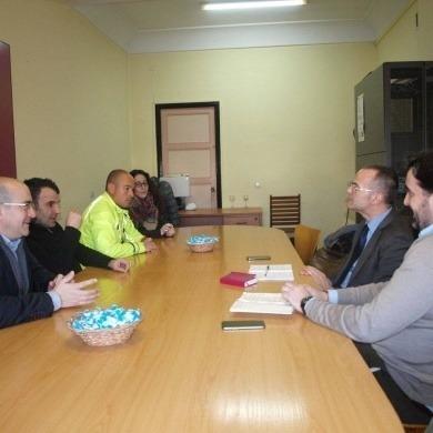 Primer encuentro entre miembros de la Junta Directiva del CCA Ourense Centro y Jesús Vázquez Abad