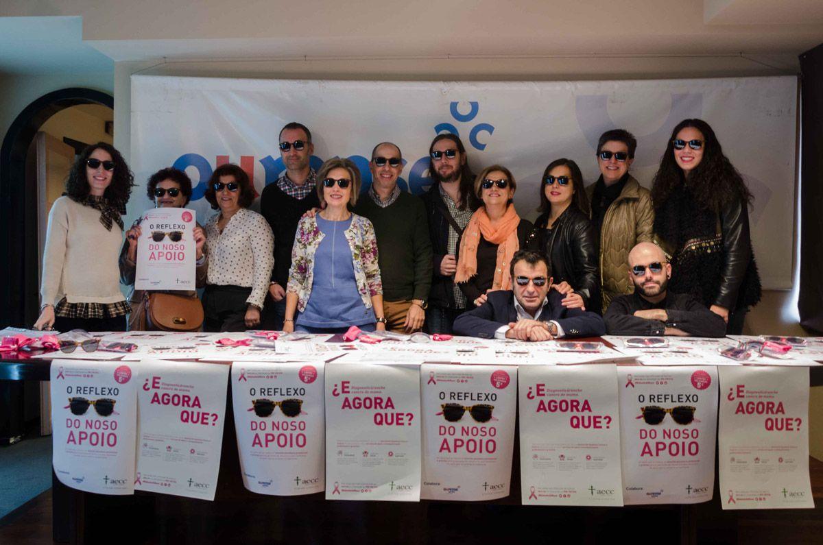 Colaboración del Centro Comercial Aberto con la AECC Ourense para el Día Mundial Contra el Cáncer de Mama