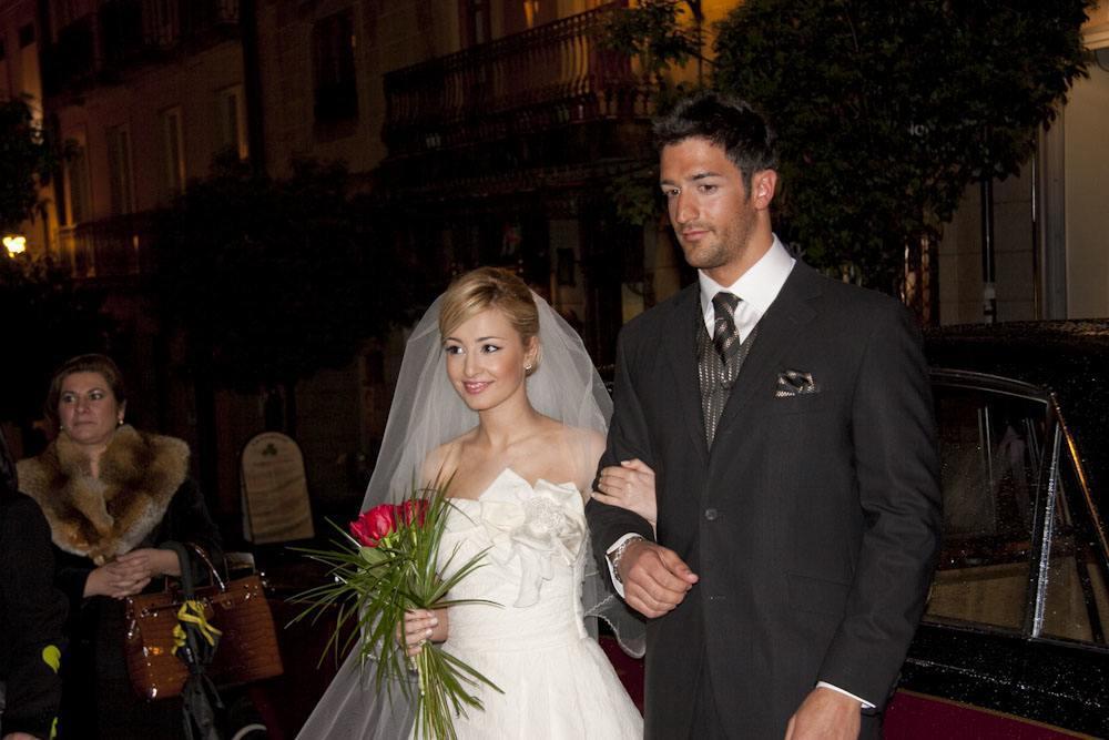 Ourense centro invita a los novios ourensanos a una boda ficticia.