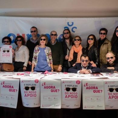 Colaboracion del Centro Comercial Aberto con la AECC Ourense para el Dia Mundial Contra el Cancer de Mama