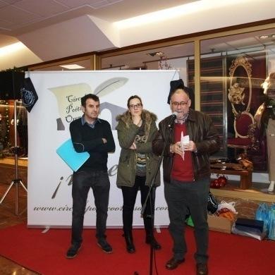 CCA Ourense Centro sumase a lectura solidaria de poesia para recadar material escolar